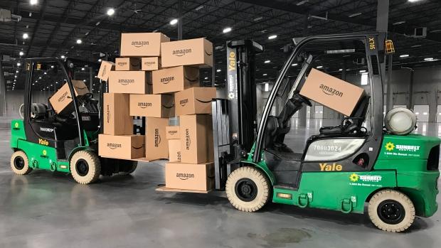 Amazon строит огромный склад в Калгари