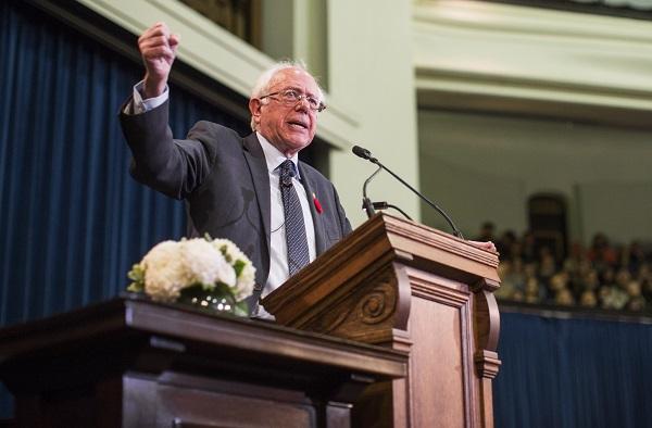Берни Сандерс: США могут поучиться у канадской системы здравоохранения