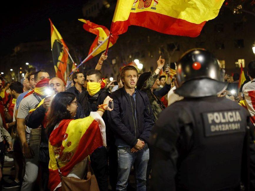 Канада признает одну независимую Испанию