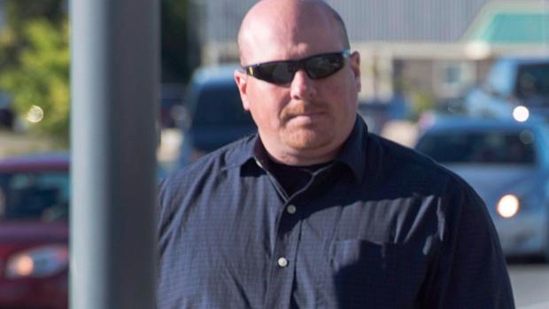 Борода понизила статус офицера канадской полиции