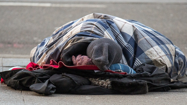 За 9 месяцев на улицах Торонто умерло более 70 бездомных