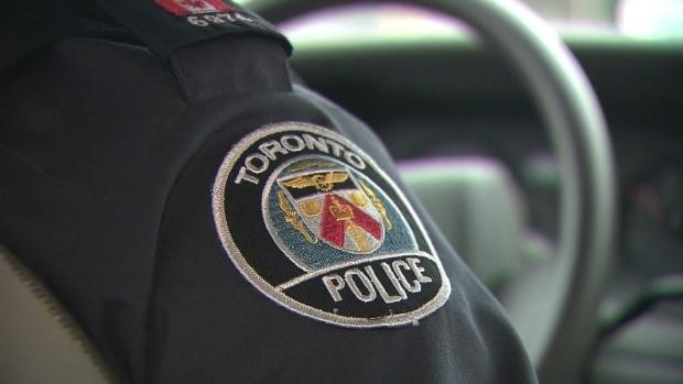 Полиция просит помощи в поимке грабителя