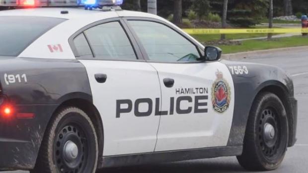 Школа в Гамильтоне эвакуирована второй день подряд из-за угрозы взрыва