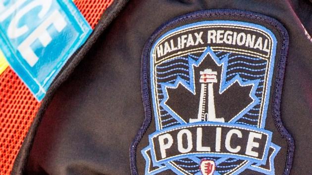 Полицейские вынуждены были стать повивальными бабками