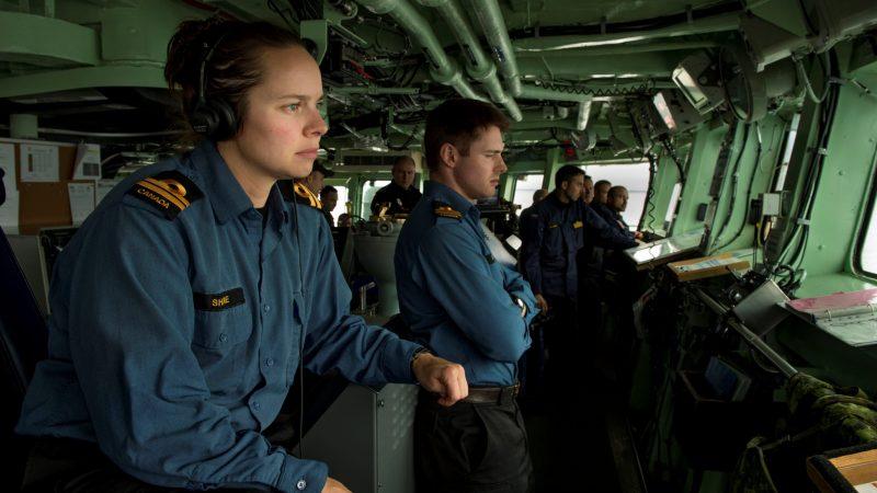 Россияне устраивают в море «атаки» на корабли НАТО в духе Холодной войны