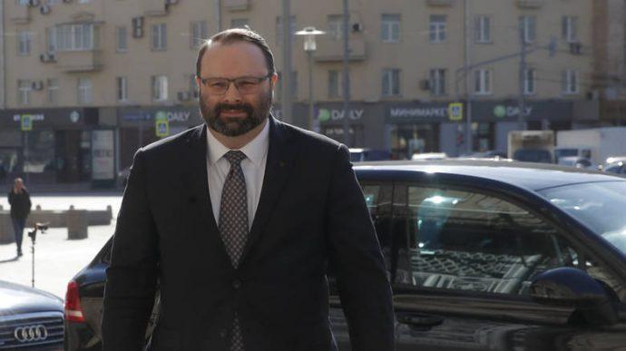 Россия: зеркальный ответ и высылка четырех канадских дипломатов