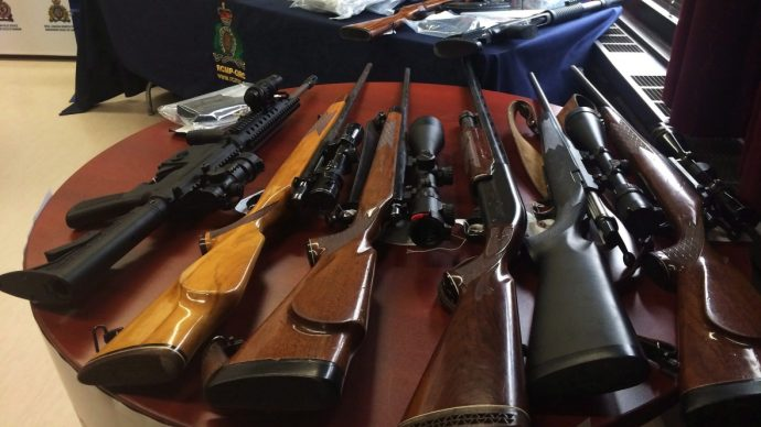 Саммит по борьбе с распространением оружия и уличными бандами в Оттаве