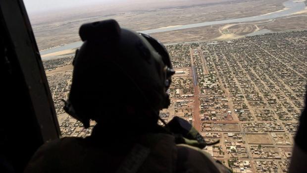 Канада отправит военных миротворцев-женщин в Мали