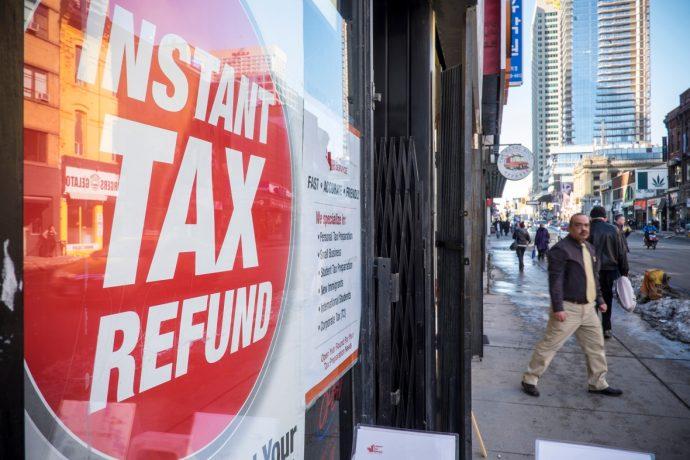 Канада будет делиться налоговой информацией граждан с другими странами