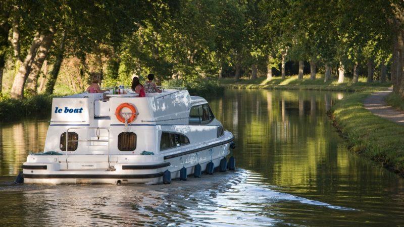 Британцы покатают по канадскому каналу Ридо