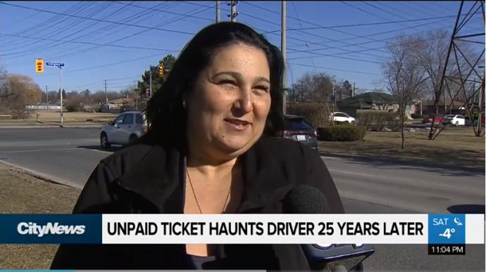 Из-за штрафа 25-летней давности у женщины из Ричмонд-Хила отняли права