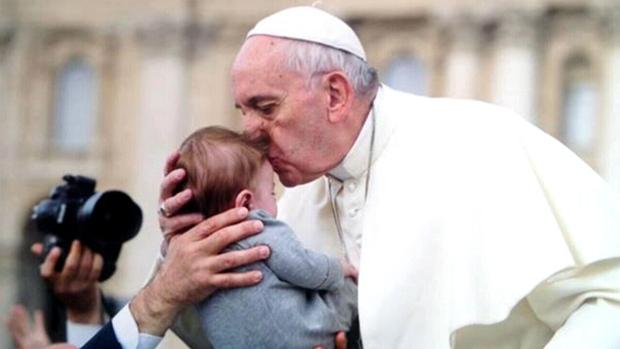 Папа римский не будет извиняться перед канадскими индейцами