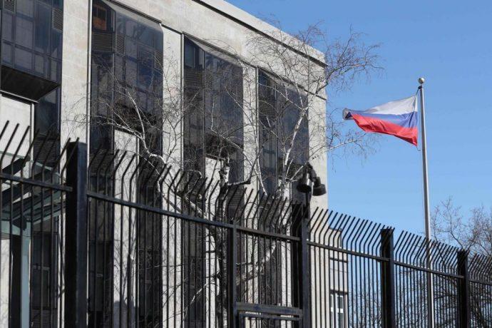 Посольство РФ в Оттаве: Канада покорно идет на поводу США и Великобритании