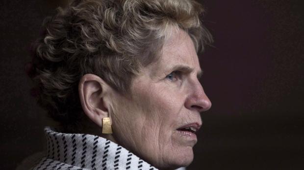 Либералы наобещали с три короба, и их популярность в Онтарио выросла