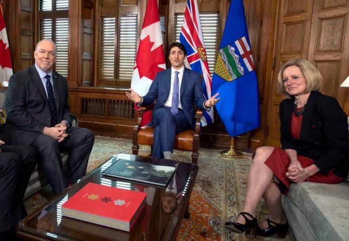 Даже в Британской Колумбии жители понимают: трубопровод надо строить