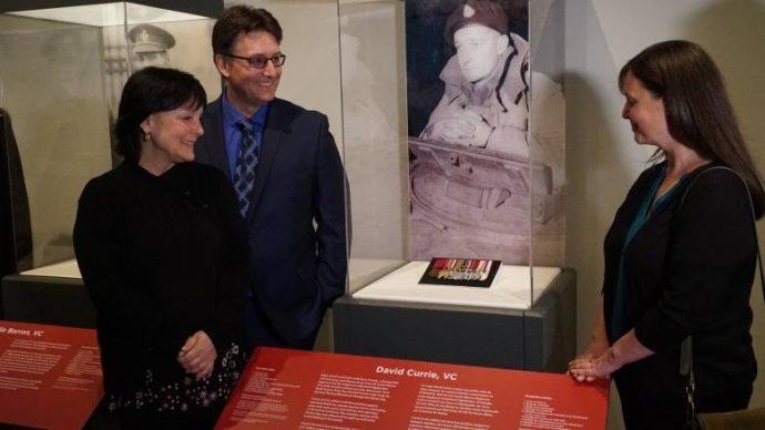 Военный музей в Оттаве выкупил орден канадского героя