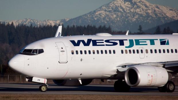 Самолет из Ванкувера в Палм-Спрингс столкнулся с едой