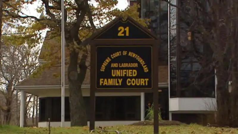 «Шведская» семья узаконена в Канаде судом