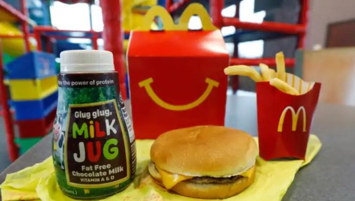 МcDonald's Canada обойдется без grilled cheese в Happy Meal