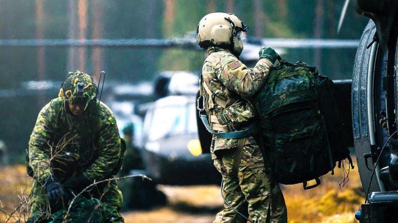 Приказ по армии: верните спальные мешки!
