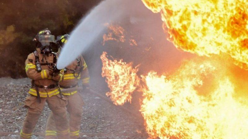 Пожарный-пенсионер обвиняет командование в расизме