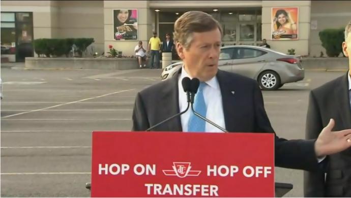 Мэр Торонто упрямо хочет «изучить все возможности» противостоять Форду