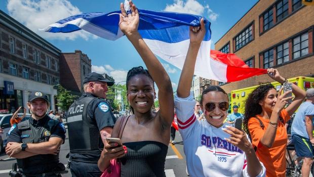 Канадский Монреаль радуется за французов