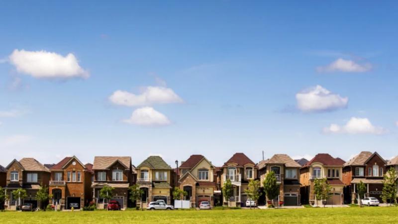 Недвижимость вокруг Торонто дешевеет