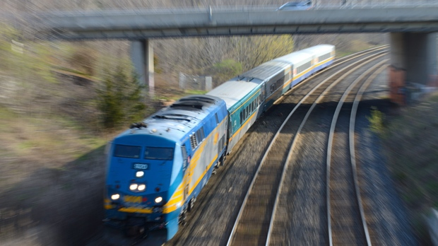 В канадской провинции Саскачеван сошел с рельсов поезд