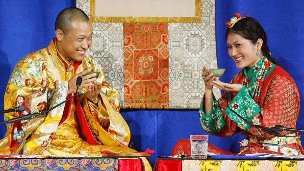 Буддистского лидера в Канаде обвиняют в сексуальных домогательствах