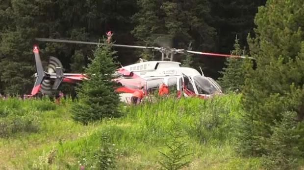 Самолет врезался в горный склон в Альберте