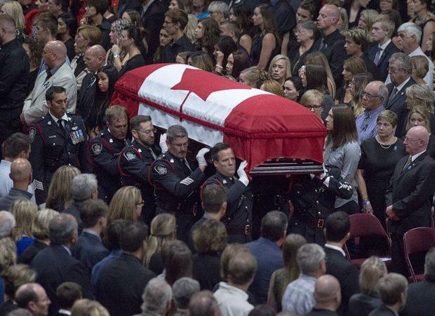 Похороны погибших во Фредериктоне