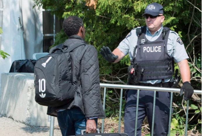 Беженцы: Оттава дает Торонто $11 миллионов на размещение нелегалов