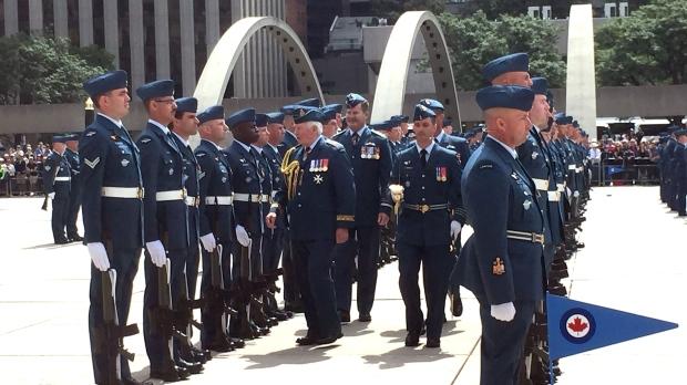 Канаде не хватает военных летчков
