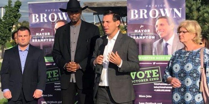 Патрик Браун не оставляет планов вернуться в политику