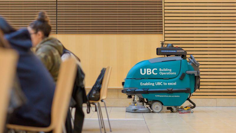 Искусственный интеллект поможет сделать канадский университет чище