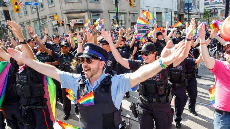 Полиция вновь выйдет на Парад гордости ЛГБТ-общины Торонто