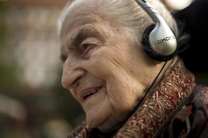 Музыка против Альцгеймера, говорят канадские исследователи