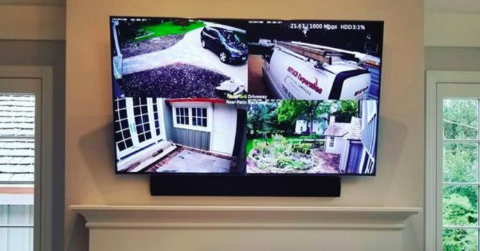 Бывший бойфренд терроризировал подругу с помощью «умного дома»