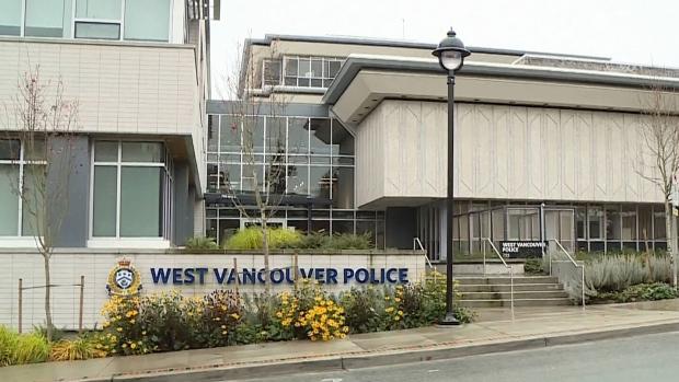 Сексуально озабоченный офицер полиции уволен