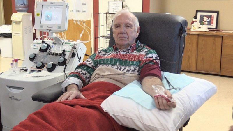 Канадский донор в 81 год сдал кровь в 937-й раз