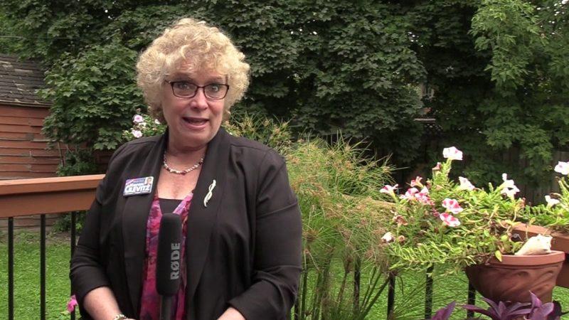 Депутата в Ричмонд Хиле лишили зарплаты за нехорошее поведение