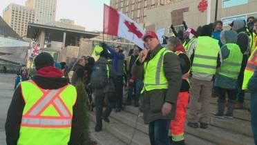 Драка на демонстрации «желтых жилетов» в Эдмонтоне