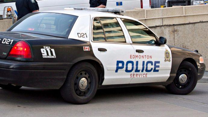 Полиция Эдмонтона расследует гибель двух детей