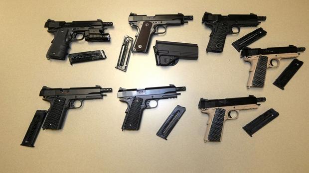 Арестованы подозреваемые в нелегальном производстве оружия