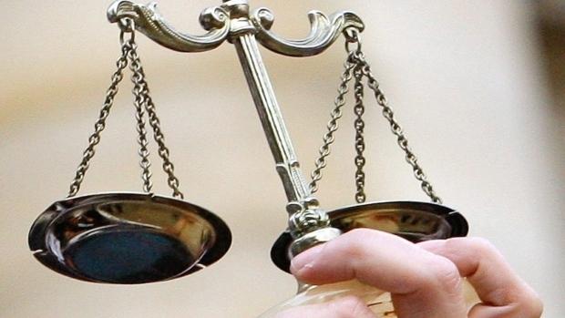 Отвратительное поведение полисмена уголовному наказанию не подлежит