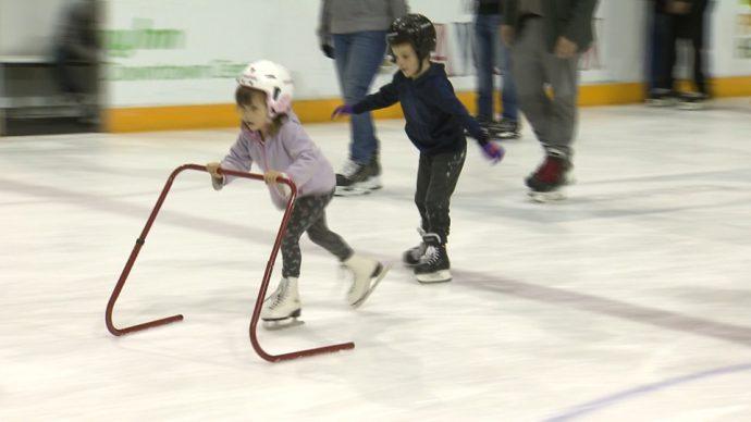В трех райoнах Торонто открыта регистрация детей на зимние программы