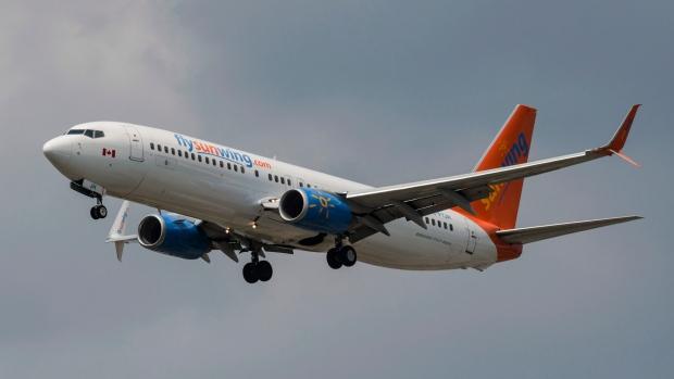 Самолет Sunwing вернулся в Оттаву из-за «технических проблем»