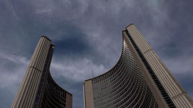 Первое заседание муниципального совета Торонто в усеченном составе. Прямой эфир