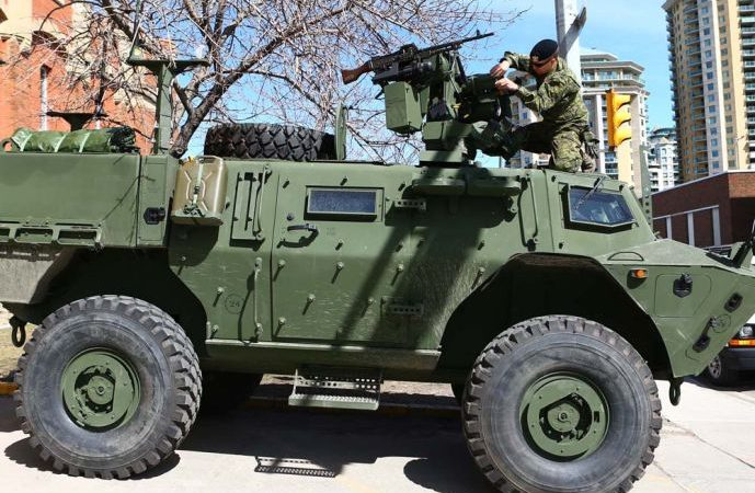 Канадские броневики без дефектов, но переворачиваются